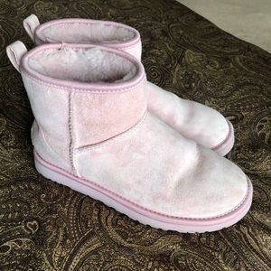 UGGs light pink. Size 7
